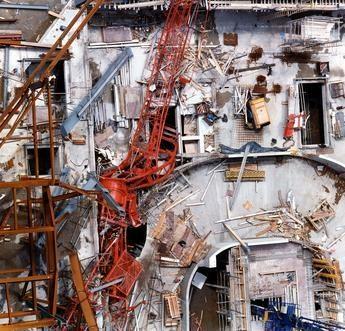 Canary Wharf tower crane حادثه تاور کرین